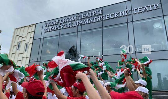 Рөстәм Миңнеханов Чаллы шәһәрендә татар драма театрын ачты