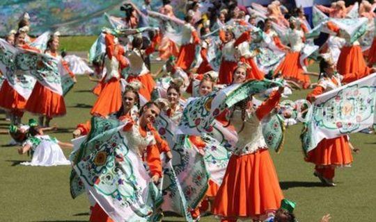 Призом победителя конкурса татарского танца станет грант на пошив костюмов