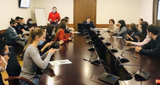 Бөтендөнья татар конгрессында студентлар очрашуы узды