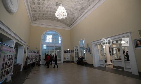 Кариев театрында «Озын-озак балачак» спектаклен Уфадан махсус чакырылган режиссер куя