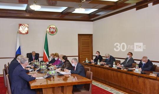 Дәүләт Советы Миңнеханов юлламасы тезисларын гамәлгә ашыру буенча 40 чара уздырачак