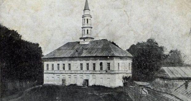 Белая мечеть Казани: соседство с сектой ваисовцев и расстрелянный казый