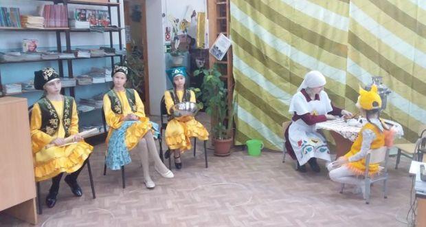 В библиотеке Болгара провели занятие, посвященное татарскому фольклору