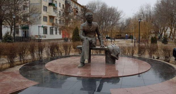 Вице-премьер РТ Василь Шайхразиев и губернатор Астраханской области Игорь Бабушкин обсудили ночной акт вандализма