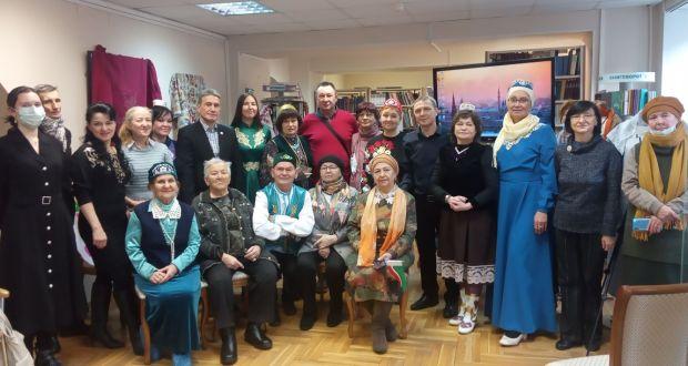 В рамках проекта «Татарская гостиная» состоялось мероприятие «Национальный орнамент и узор как проявление культуры».