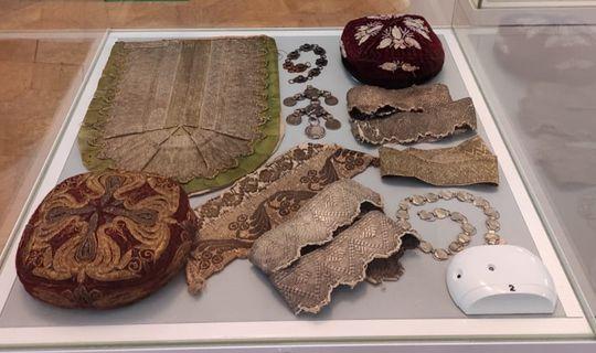 Алабуга дәүләт музей-тыюлыгы фондларыннан «Татарларда кунакта» күргәзмәсе ачылды