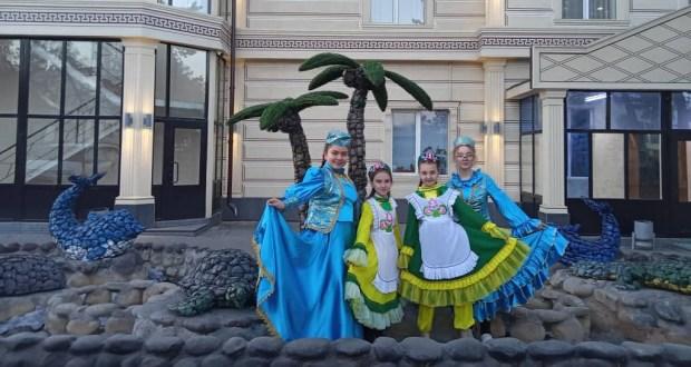 Международный день родного языка и народного единства отметили в г.Каракол Иссык-Кульской области