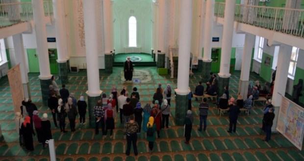 «Многие впервые услышали Азан». В Самарской Соборной мечети прошел день открытых дверей