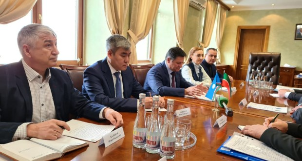 Vasil Shaikhraziev meets with Chairman of the Government of the Republic of Sakha (Yakutia)