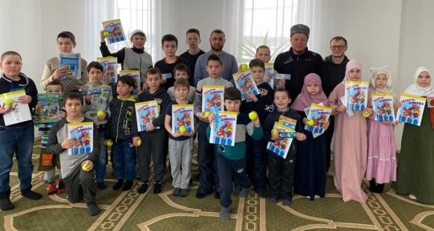 В Бугульминском мухтасибате провели детский праздник «День родного языка»