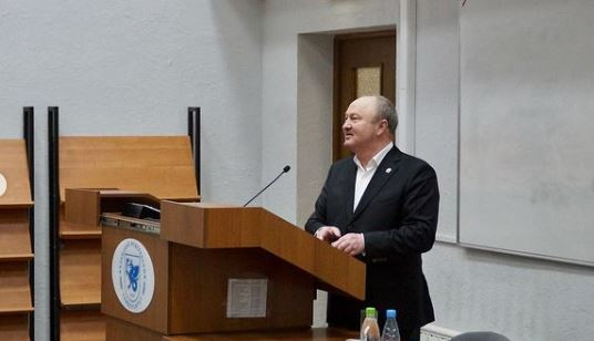 Ravil Akhmetshin met with first-year students of the Graduate School of National Culture and Education named after G. Tukay.