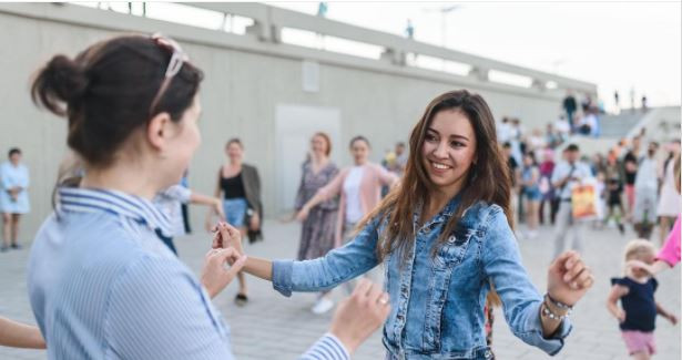 В общественных пространствах Казани запустился проект «Хәрәкәттә — бәрәкәт»