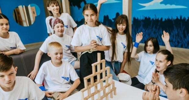Уроки татарского языка и интеллектуальные квизы: как проходит отдых детей в казанских лагерях