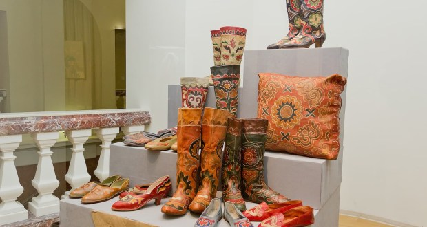 Жителям Казани расскажут историю татарской узорной обуви