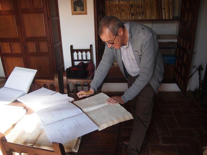 Digitalización y conservación del Archivo Parroquial de Lebrija. Mariano Ganfornina