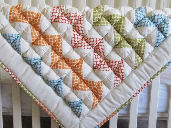 Monday Giveaway — $150 Honeybear Lane Quilt!