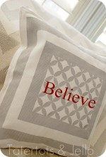 Quatrefoil Screen Printed Pillow {tutorial}!!