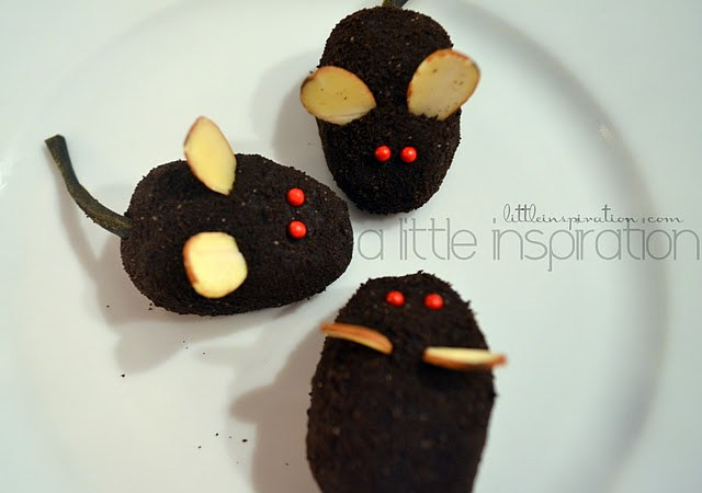 New Years Eve Party Idea – Make No-Bake Oreo Mice Cookies!!