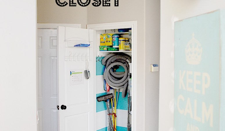Make a Striped Closet! (and organization printables)