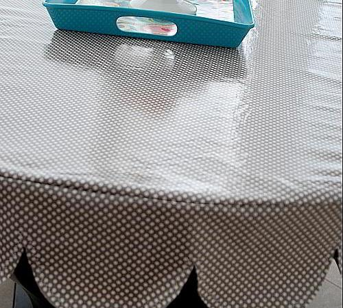 Laminated Scalloped Tablecloth Tutorial (sewing project)!!