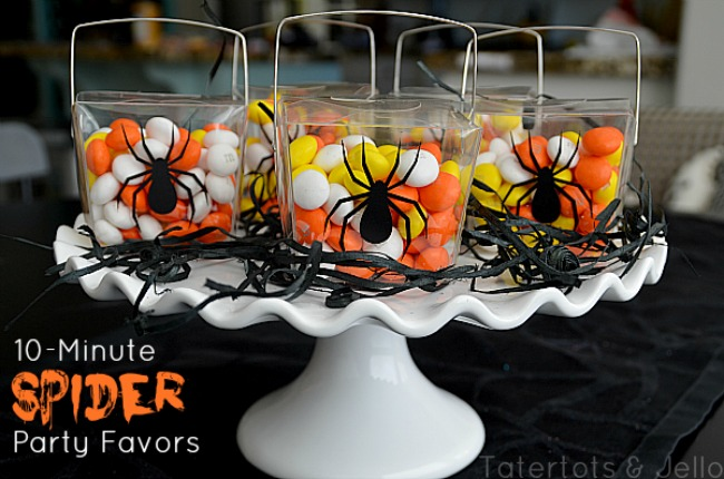 10-Minute Halloween Favor Boxes (and win 2 Silhouette Cameos)