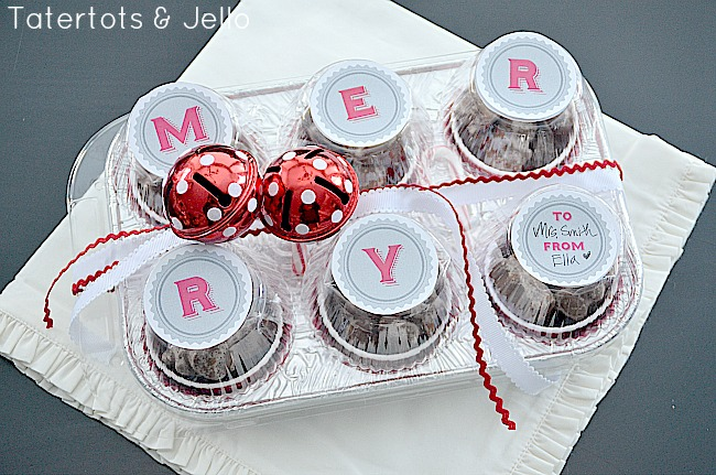 Holiday Gift Idea — Free JINGLE and MERRY Printables