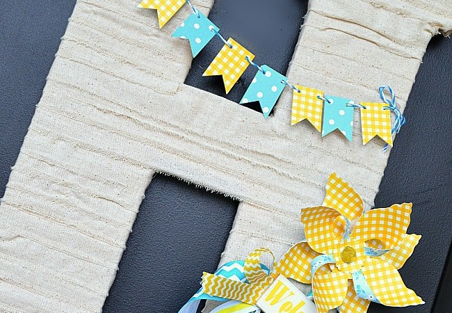 Make a Spring Pinwheel Door Hanging!