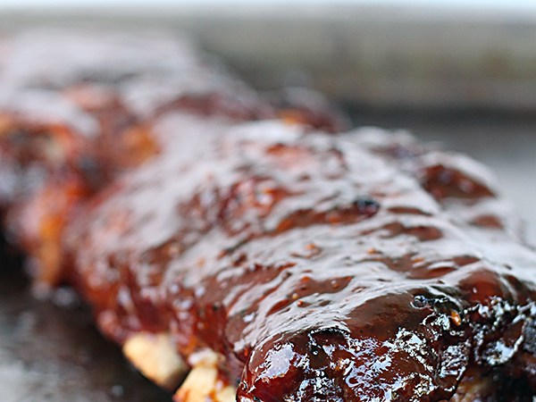 Easy Slow Cooker BBQ Ribs!