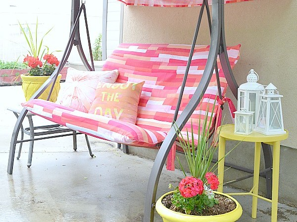 Outdoor Swing Makeover!