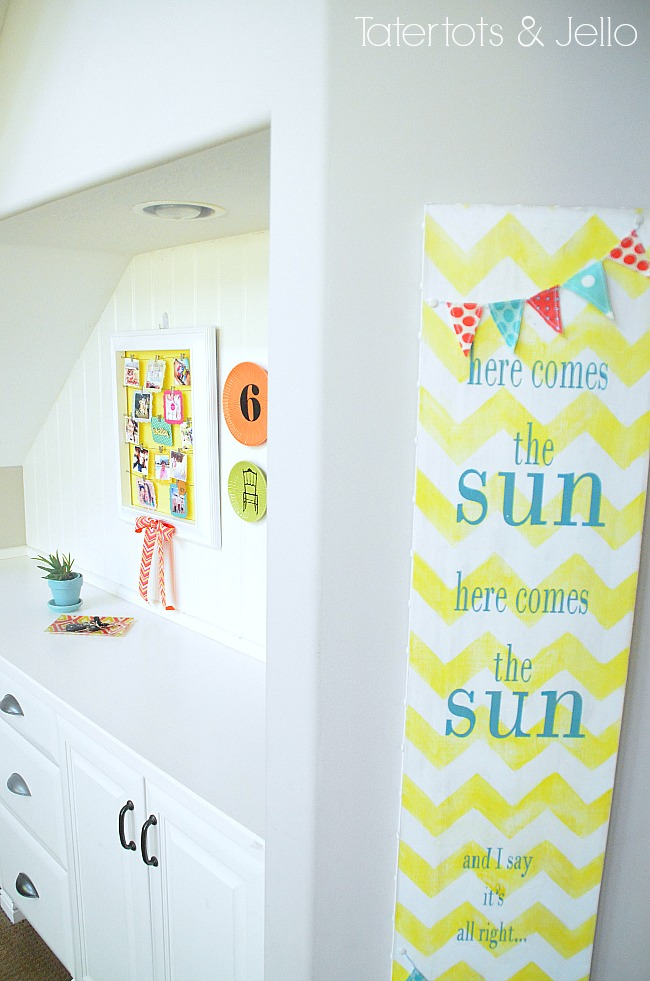 DIY Summertime Instagram Display Wall