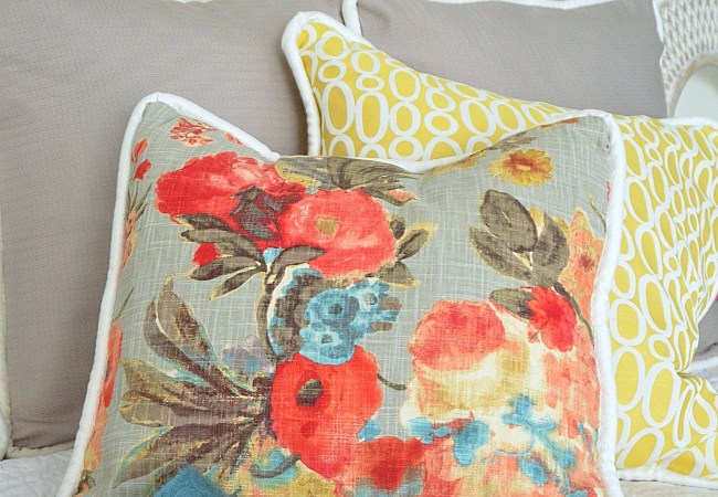 How to Make Easy Envelope-Back Pillow Covers (with Cording)!