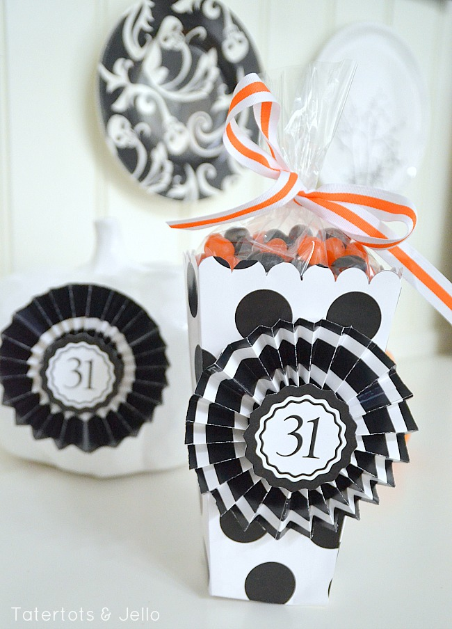 free printable popcorn buckets and medallions