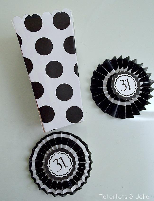 polka dot popcorn bucket printable and medallions