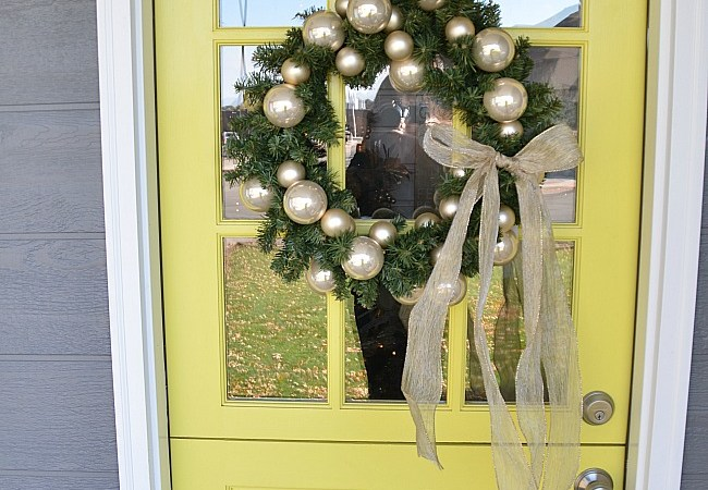 Prepping Your Home for Holiday Guests {Win a $50 Lowe's Card!}