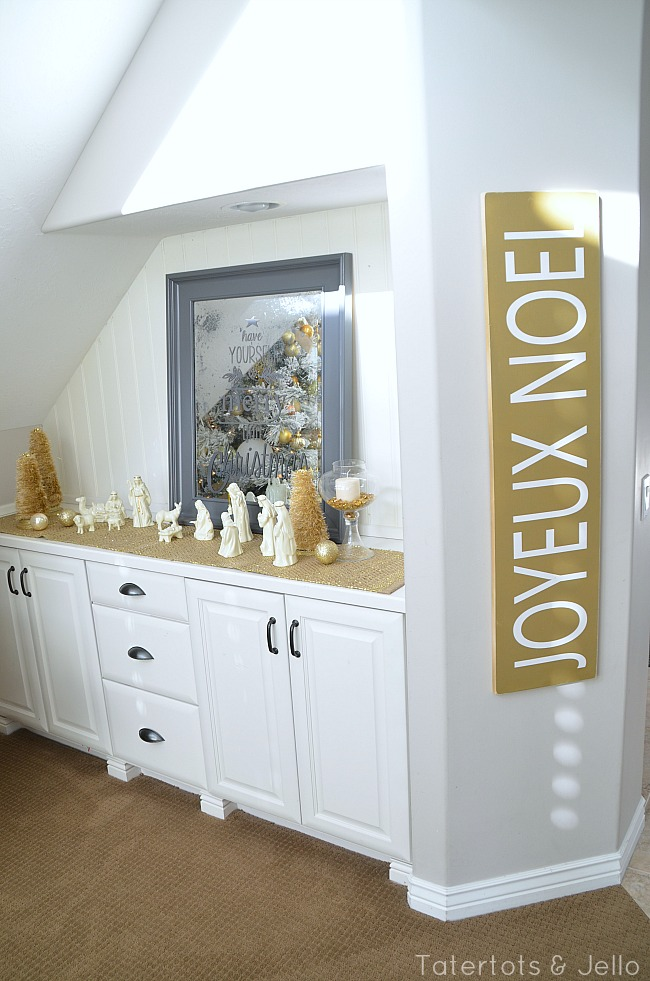 gold wood sign for the holidays
