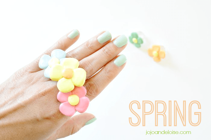 spring-flower-rings-tutorial-using-polymer-clay-jojoandeloise.com_