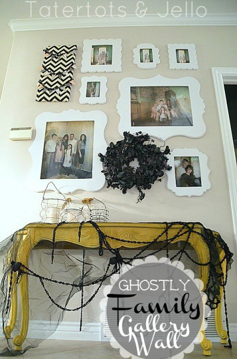 halloween-family-gallery-wall-22