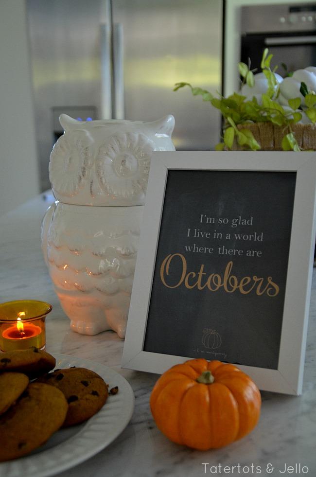 October printable at tatertots and jello