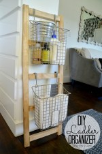 DIY Wood Organization Ladder and Giveaway!