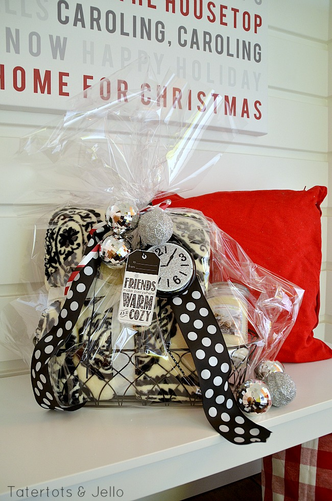 Warm and Cozy Gift Basket Ideas and Free Printable Holiday ...
