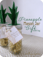 HAPPY Holidays: Pineapple Mason Jar Gift with Free Printable Tag