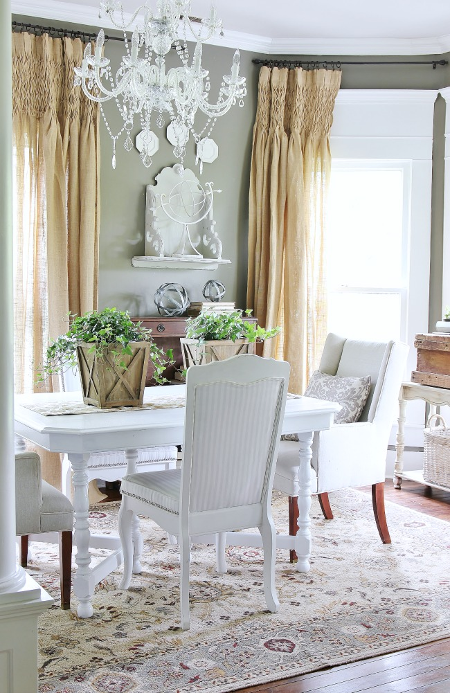 dining-room-farmhouse