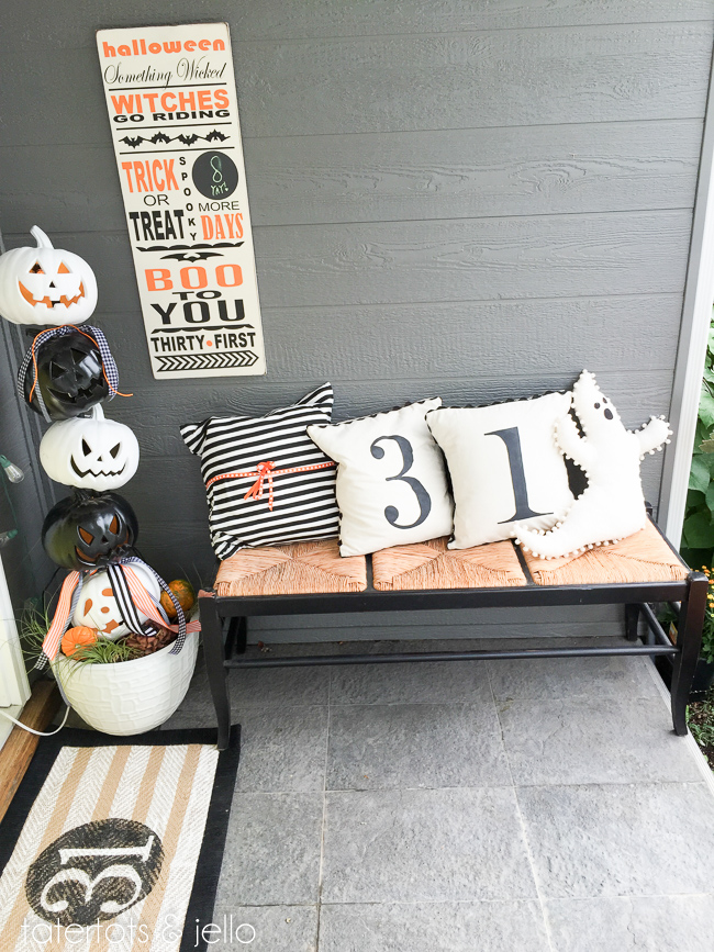 halloween.wreath.porch.tatertotsandjello-4