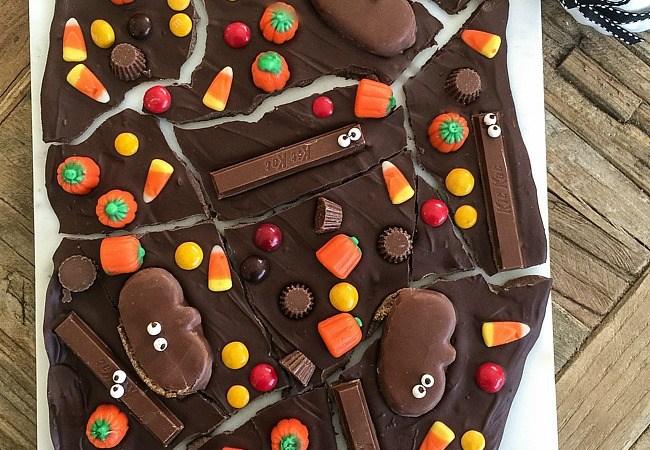 Make Peanuts Pumpkin Patch Candy Bark!