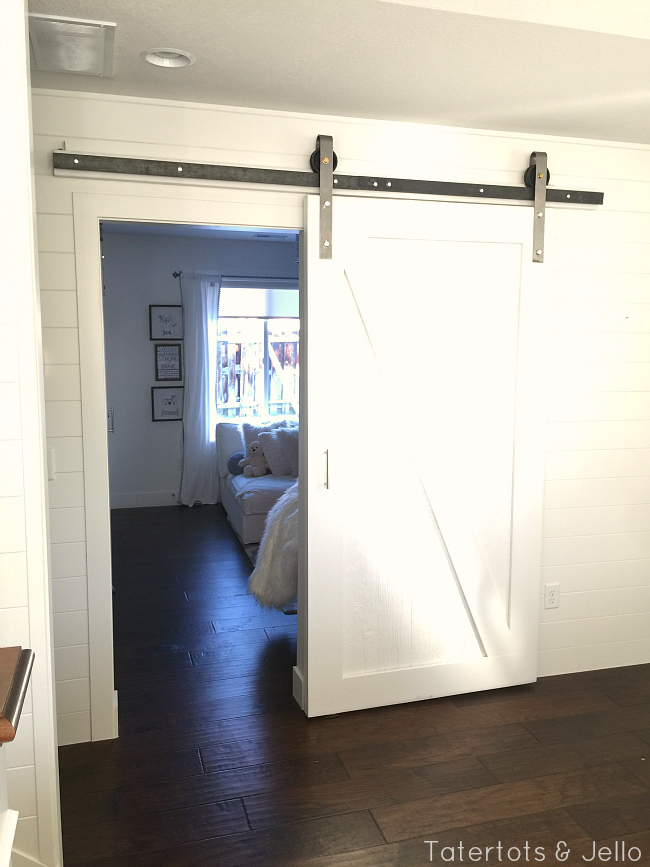 barn door bedroom