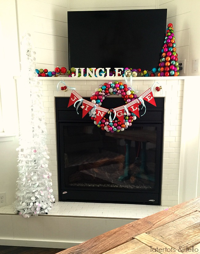 jingle mantel and free christmas printables