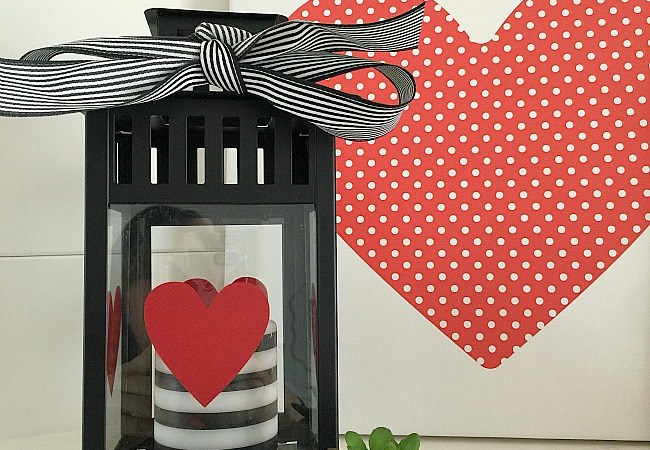 10 Minute Valentine Centerpiece Idea