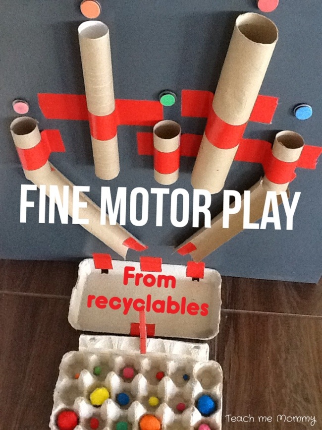 Find motor play activity for toddler quiet time.