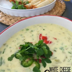 White Queso Recipe and Cinco de Mayo Printables!
