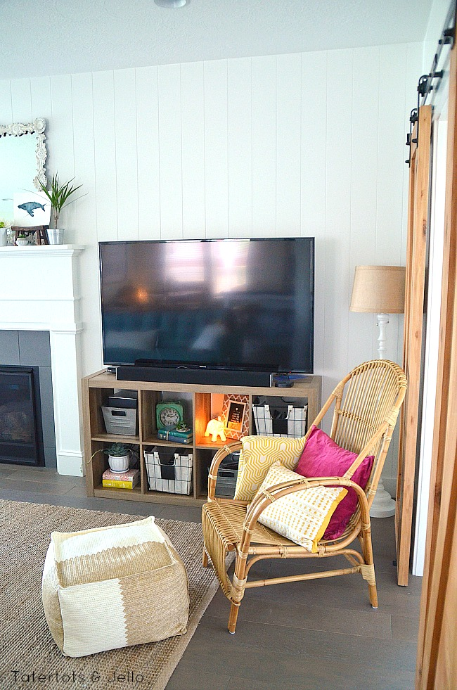 family room beachy console